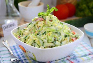 Рецепт Салат из молодой капусты и овощей