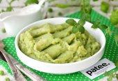 Картофельное пюре с зелёным горошком и мятой