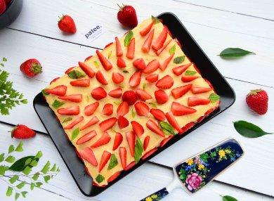 Рецепт Клубничный торт с заварным кремом