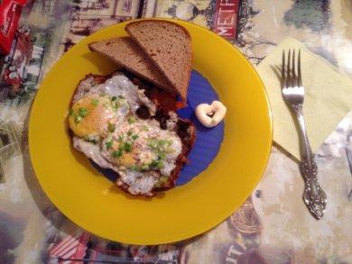 Рецепт Яичница с салом