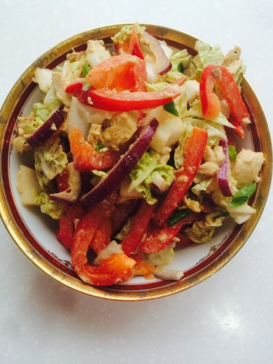 Рецепт Летний салат с курицей.