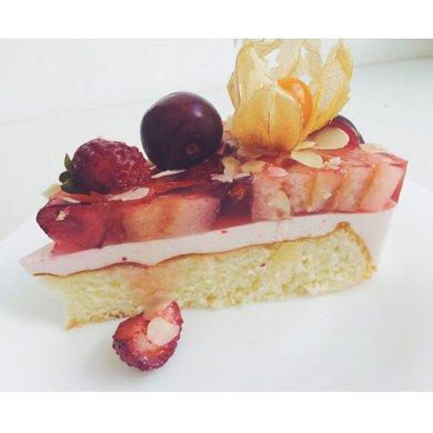 Рецепт Бисквитно-желейный торт с суфле