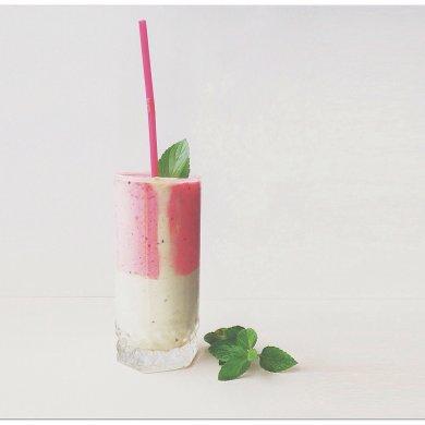 """Рецепт Коктейль """"только для девушек"""" — рецепт для йогуртницы"""