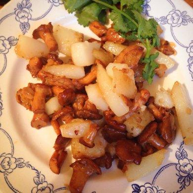Рецепт Картошка с лисичками