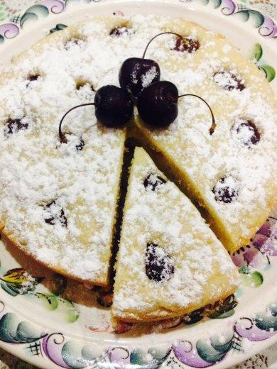 Рецепт Черешневый пирог — рецепт для мультиварки