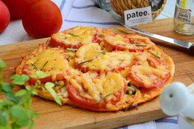Рецепт Пицца с креветками и двумя видами сыра