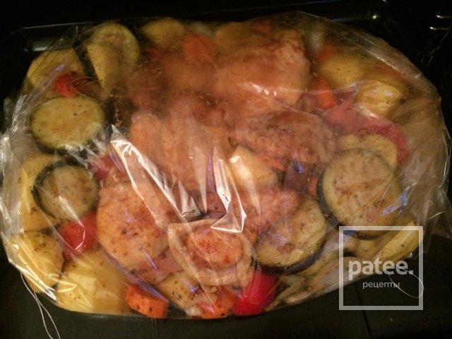 Рецепт запеченной курицы с овощами в духовке пошагово