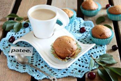 Рецепт Кофейные кексы с вишней
