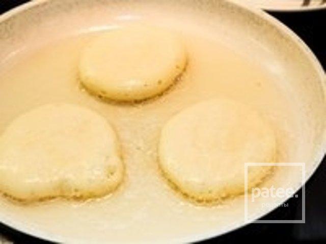 Пышные оладушки на молоке с разрыхлителем рецепт пошагово