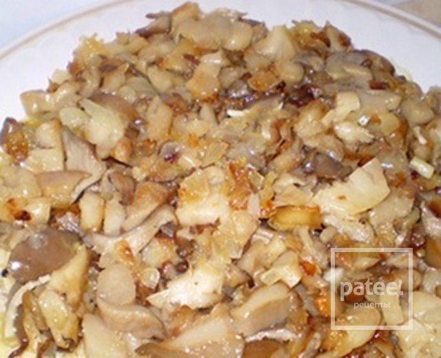 Курица с ананасами грибами слоеный салат