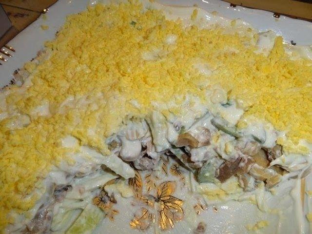 Салат нежный рецепт с курицей и шампиньонами