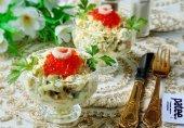 Салат с креветками и красной икрой