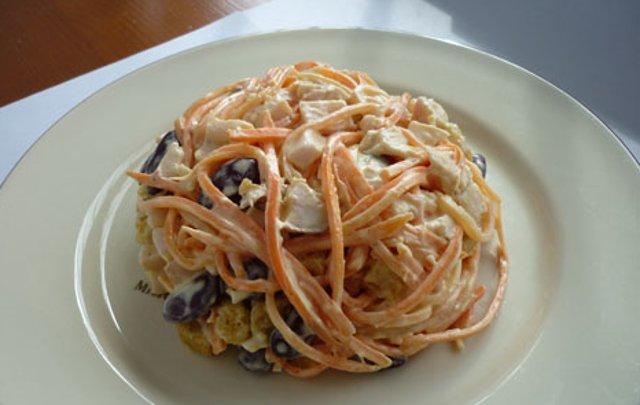 Салат с корейской морковкой и фасолью и кукурузой