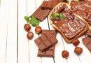 Шоколад, орехи и вино могут предотвратить хрупкость костей