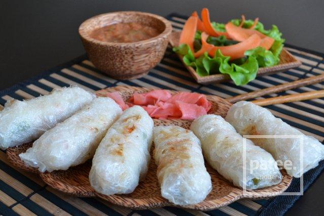 349Вьетнамские блинчики из рисовой бумаги