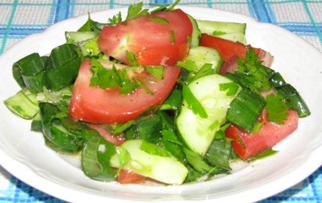Рецепт салат из помидор и огурцов 46