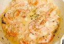 Спагетти с морепродуктами,тушенные в вине и сливках!