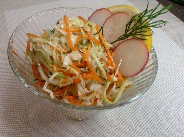 салат из капусты с лимонной кислотой