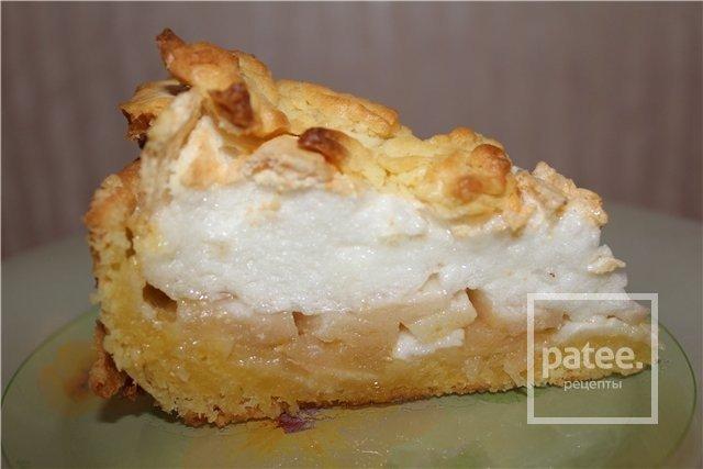 Яблочный пирог с меренгами рецепт с фото