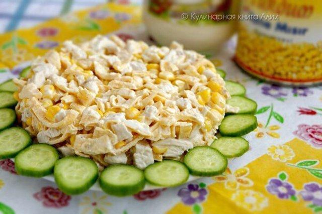 Салат с курицей и яичными блинчиками рецепт и курицей