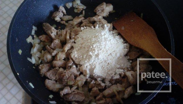 Пошаговое приготовление гуляша из свинины