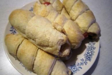 Рецепт Сосиски в слоеном тесте