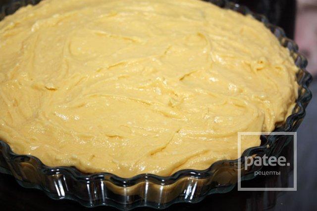 Кукурузный пирог со сливой