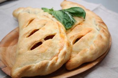 Рецепт Закрытая пицца кальцоне с овощами