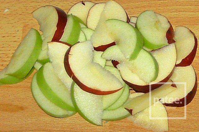 Бисквит с фруктами и воздушной корочкой - Шаг 2