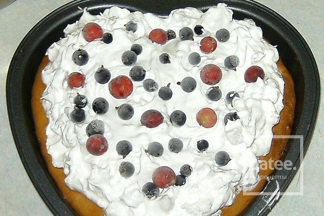 Бисквит с фруктами и воздушной корочкой - Шаг 8