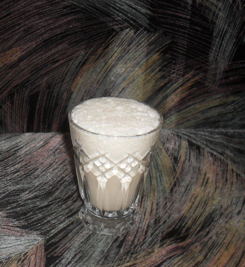 Молочный коктейль малина-крем-брюле