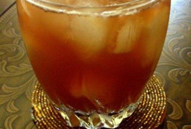 Зеленый чай с персиком