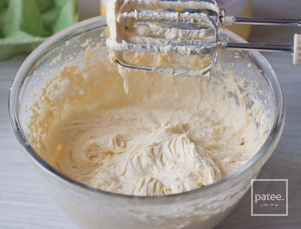 Клубничний пирог с кукурузной мукой