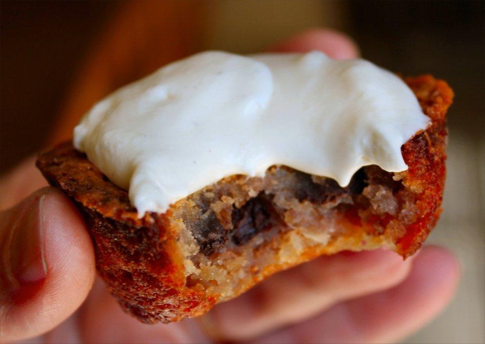 Мини-тортики с кокосом и пеканом