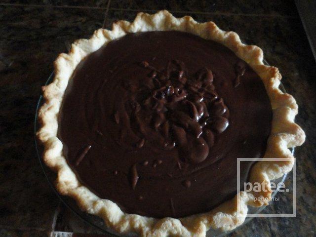 Шоколадный пирог со сливками