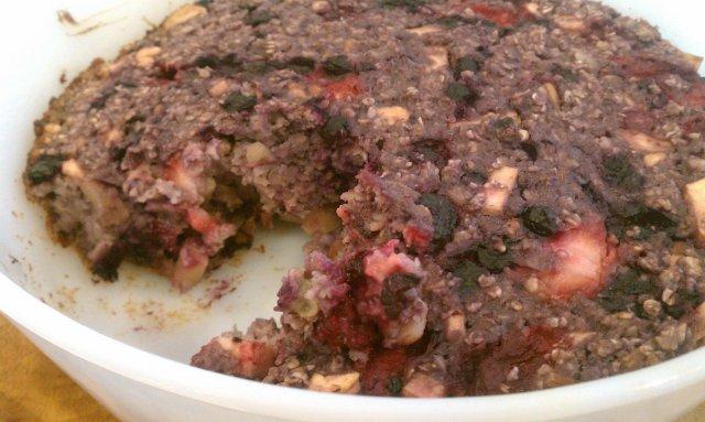 Овсяное печенье с ягодами и орехами