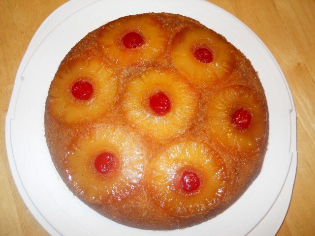 Классический ананасовый пирог