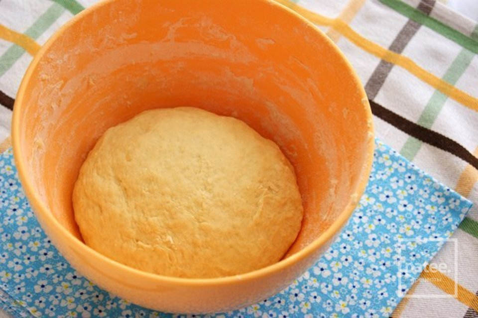 Пирог с курицей и соусом Бешамель