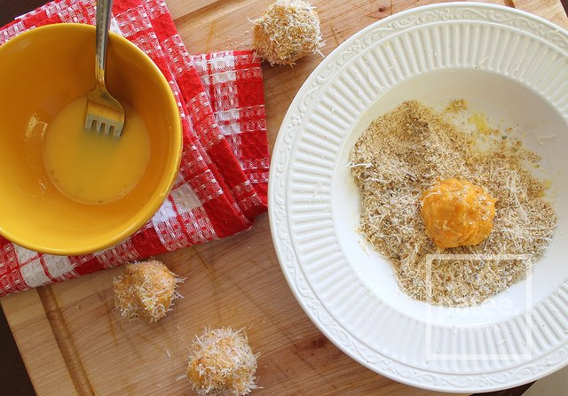 Шарики из батата и козьего сыра