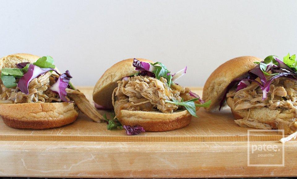 Мексиканский гамбургер со свининой