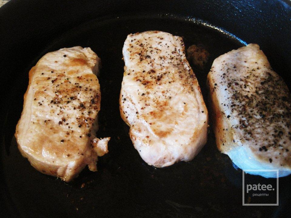 Свиные отбивные с грушами, пошаговый рецепт с фото