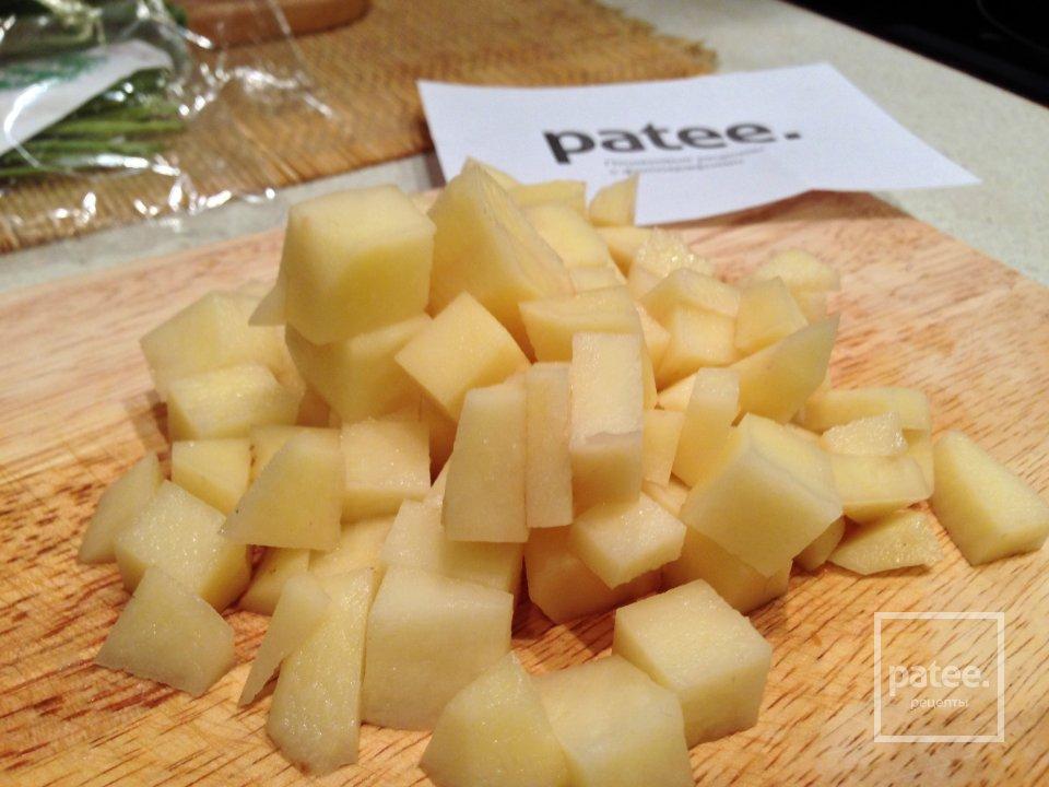 Картофель с сыром в горшочках