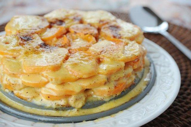Запеканка из сладкого картофеля с сыром