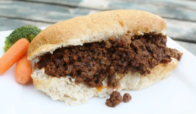 Рецепт Бутерброды с мясом в остром соусе