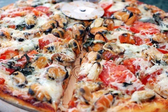 Пицца с мидиями