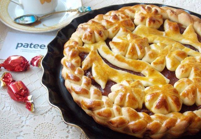 Пирог дрожжевой красивый рецепт