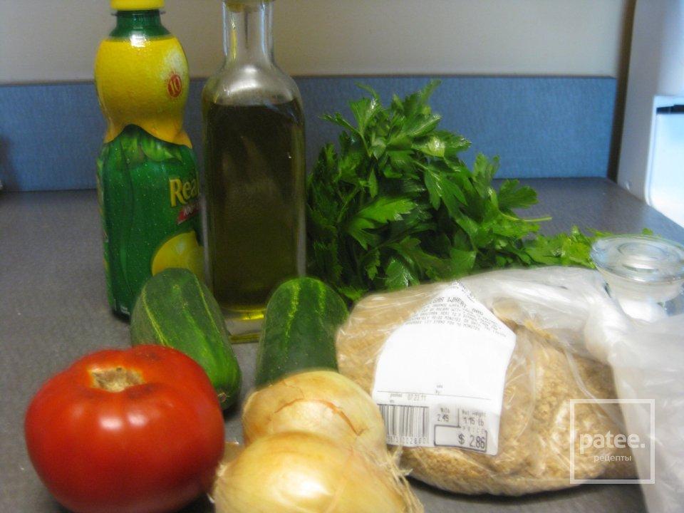 Блины с киноа, курицей и вялеными томатами – кулинарный рецепт