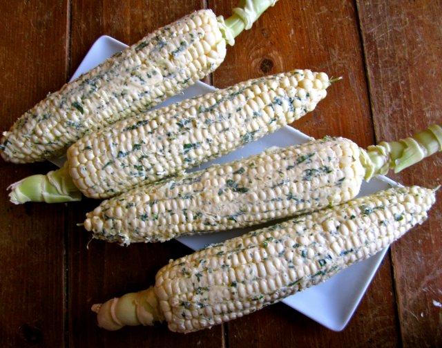 Кукуруза с лаймом и кинзой