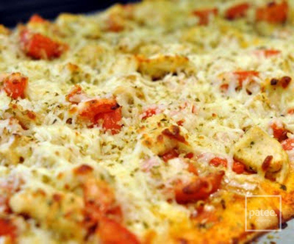 Куриная пицца c бальзамическим уксусом