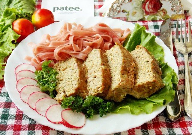 Мясной хлеб с брокколи